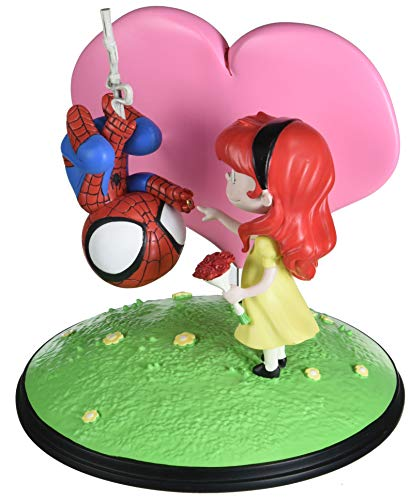 Gentle Giant Spider-Man and Mary Jane Animated Statue, ()