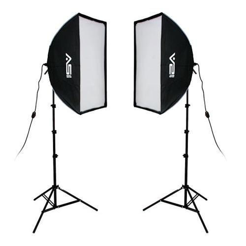 (Smith Victor 2000 Watt Pro Softbox Two Light Kit, with 10' Stands and 1000W Quartz Halogen Lamps)
