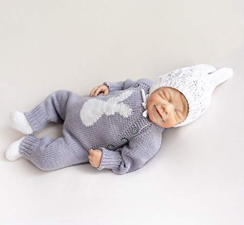 Hand knitted  baby set With Hat  in 0-3 Months