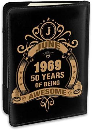 June 1969 50 Years Of Being Awesome パスポートケース パスポートカバー メンズ レディース パスポートバッグ ポーチ 収納カバー PUレザー 多機能収納ポケット 収納抜群 携帯便利 海外旅行 出張 クレジットカード 大容量