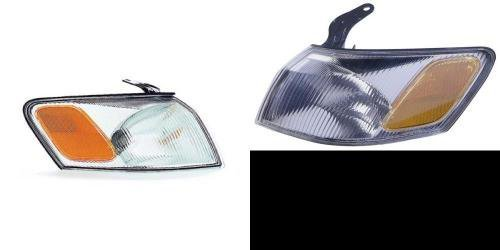 (Go-Parts PAIR/SET OE Replacement for 1997-1999 Toyota Camry Turn Signal Lights Assemblies/Lens Cover - Front Left & Right (Driver & Passenger) Side For Toyota Camry)