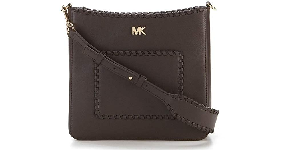5d8f5bc7178b MICHAEL Kors Women's Gloria Pocket Swing Pack Crossbody Chocolate: Handbags:  Amazon.com