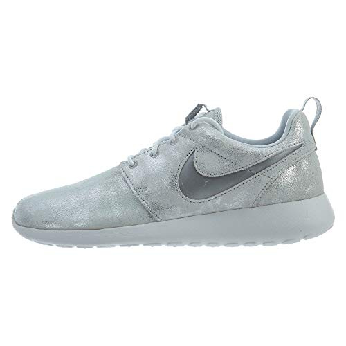 Nike Women's Roshe One Premium Shoe, Metallic Platinum/Summit White, - Basketball Go Shoes Low