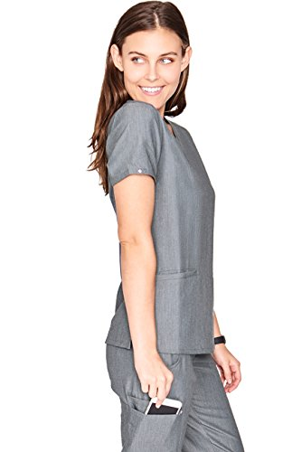 d66eb7392be FIGS Casma Three-Pocket Scrub Top for Women – Tailored Fit, Super Soft  Stretch, Anti-Wrinkle Medical Scrub Top