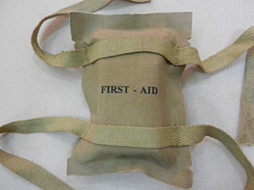 (WWII US Paratrooper First AID Pouch