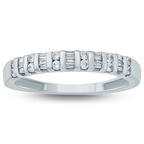 3/8 Carat Baguette and Round Diamond Band in 10K White Gold ()
