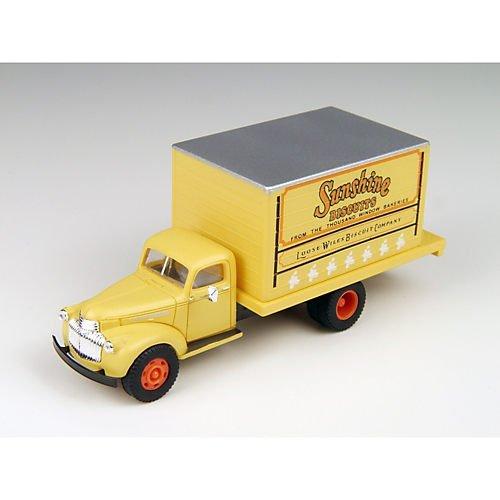 HO 1941-1946 Chevrolet Box Truck, Sunshine Bakery