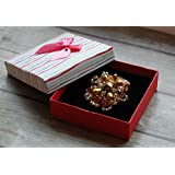 Brooch Pin with gold beads Classic brooch Gift box included Broche Pin con gold beads Classic broche Caja de Regalo incluido