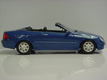 MINICHAMPS 1/43 - 400 031431 MERCEDES BENZ CLK KLASSE CABRIOLET 2003 BLUE MET