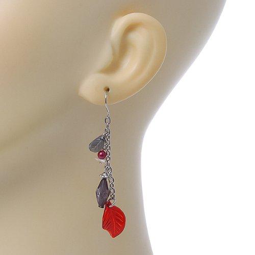Boucles d'oreilles pendants chaîne feuille acrylique rouge, perle grise ton argenté