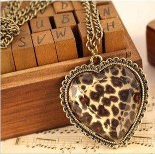 Vintage Leopard Heart Pendant Necklace,Heart Necklace for Women,Girls