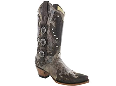 1f5f81368d5 CORRAL Women's Conchos and Studs Wing Tip Western Boots