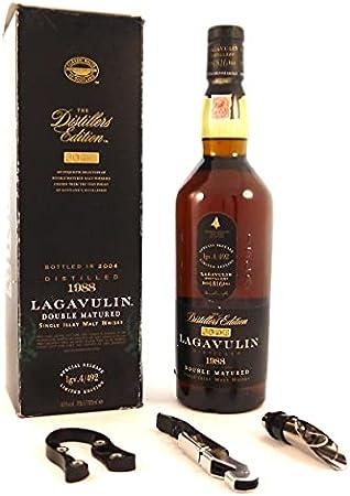 Lagavulin 16 Year Old Double Matured Single Islay Malt Whisky 1988 70cl (Original Box) en una caja original con tres accesorios de vino, 1 x 700ml