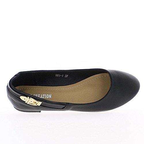 Schwarze Ballerinas mit goldener Schnalle und Ferse 1 cm