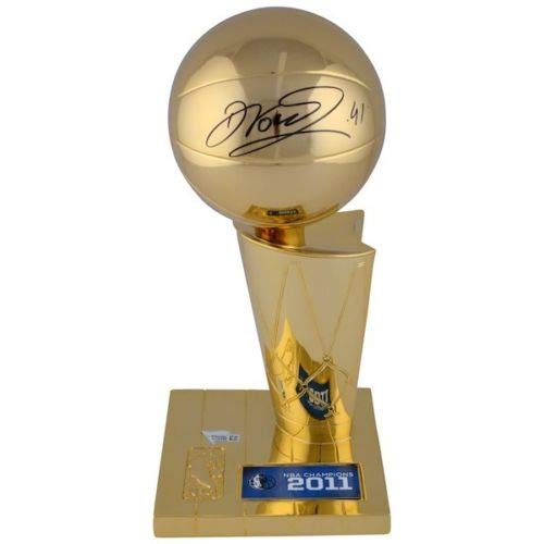 DIRK NOWITZKI Autographed Dallas Mavericks 2011 NBA Replica 12