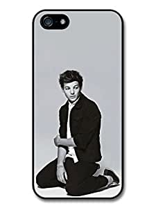 Louis Tomlinson Sitting Black & White 1D One Direction Case For Sam Sung Galaxy S5 Mini Cover