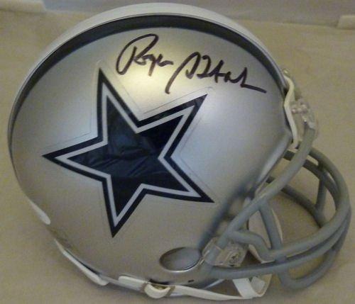 Roger Staubach Autographed Dallas Cowboys Riddell mini helmet (Name Only) (Autographed Dallas Cowboys Mini Helmet)