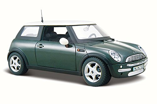Maisto Mini Cooper Hard Top, Green 31219 - 1/24 Scale Diecast Model Toy Car