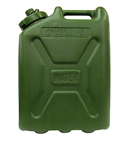 (USGI Plastic Water Can, 5 Gallon, Green)