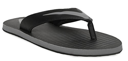 a580be8ea2940a Nike Men s Chroma Thong 5 Black Slippers (833808-016)  Buy Online at Low  Prices in India - Amazon.in