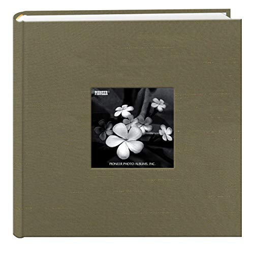 (Pioneer Photo Albums 200 Pocket Caramel Silk Fabric Frame Cover Photo Album for 4 by 6-Inch Prints)