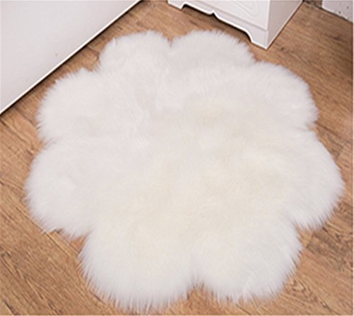 CHITONE Flower Mat Faux Fur Sheepskin Rugs, Soft Shaggy Area Rug Home Decorative Bedroom Fluffy Carpet Rug, Diameter 3 Feet, White