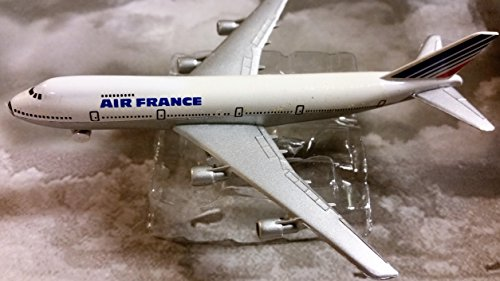 air-france-boeing-747-jet-plane-1600-scale-die-cast-plane-made-in-germany-by-schabak