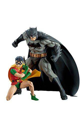 DC Comics ARTFX+ Statue Batman & Robin]()