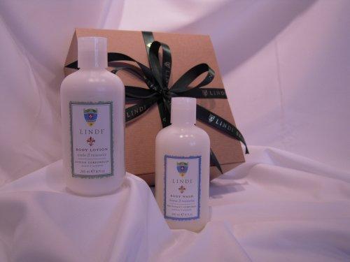 Essential Body Skincare Gift Set