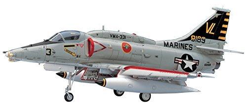 1/48 the United States Marine Corps A-4M Skyhawk plastic model PT33