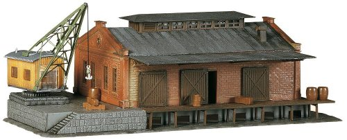 (Faller 222180 Freight Depot with Crane N Scale Building Kit)