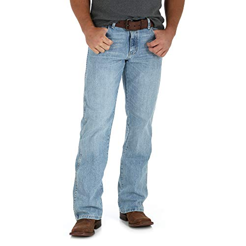 (Wrangler Men's Retro Relaxed Fit Boot Cut Jean, Crest 36W x 32L)