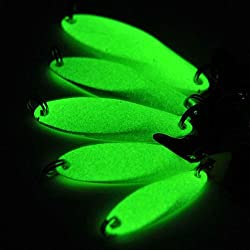Smartcoco Noctilucent Luminous Fishing Lures Artificial Bait Metal Hard Lure Spoon Sequins with Feather Treble Hook
