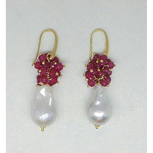 Boucles d'oreilles Les bijoux de Alessia 18cts. Boucles d'oreilles _ _ et _ rubis perles or jaune Rubis