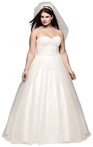 David\'s Bridal Sample: Soft Tulle Lace Corset Plus Size Wedding Dress Style  AI13012709.