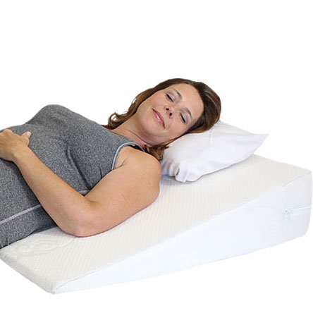 Acid Reflux Wedge Pillow with Memory Foam Overlay and Removable Microfiber Cover BIG by Medslant. Recommended size for GERD and other sleep issues.