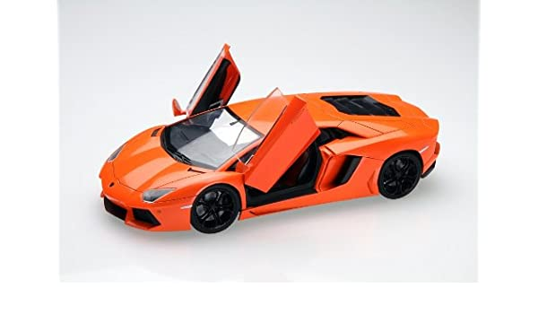 amazon com lamborghini aventador model car 1 24 toys games