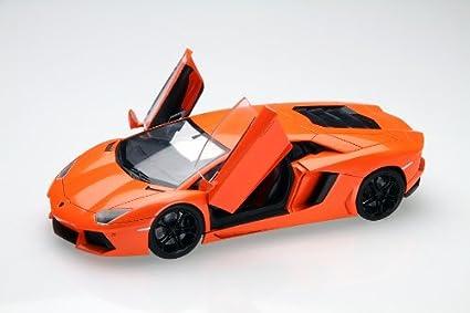 Amazon com: Lamborghini Aventador (Model Car) 1/24: Toys & Games
