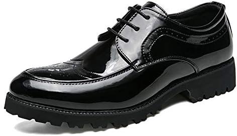 古典的な英国スタイルのアウトソール彫刻のブローグパテントレザーの靴メンズビジネスオックスフォードカジュアルシンプル 快適な男性のために設計
