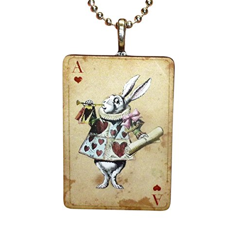 AlicE in WonDERrland NecklACe in Vintage worn look Playing card style comes if FrEE GiFt BoX (Handcrafted)