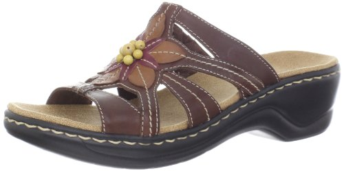 Clarks Women's Lexi Myrtle Sandal, Brown, 6 B - Medium