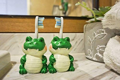 Designhoarder Plastic Green Alligator Kids Couple Toothbrush Holder for Bathroom Accessories and Storage rv Cabinet Farmhouse Bathroom Decor Pack of 2