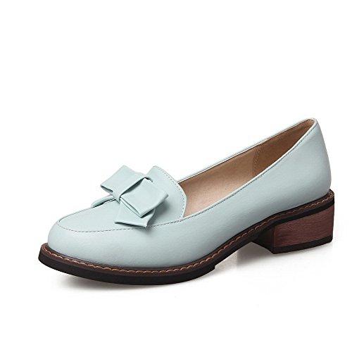 AllhqFashion Damen Ziehen auf PU Leder Rund Zehe Niedriger Absatz Rein Pumps Schuhe Blau