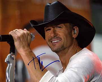 - TIM McGRAW 8x10 Music Photo Signed In-Person