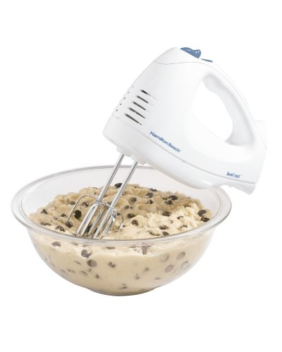 : Hamilton Beach 62682RZ Hand Mixer with Snap-On Case, White