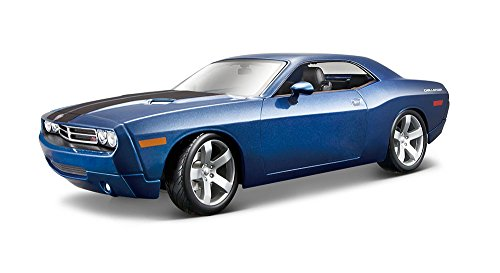 Maisto 1:18 Scale 2006 Dodge Challenger Concept Diecast Vehicle (Colors May Vary) (Challenger Dodge 1 18 compare prices)