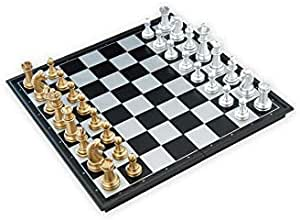 SooFam Magnetic Travel Chess Set - Portable - Ideal size - complete set of performances included