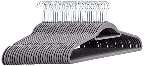 🥇 AmazonBasics – Perchas de terciopelo para trajes con barra horizontal