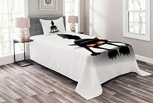 Lunarable Halloween Cat Bedspread, Grumpy Kitten Cartoonish Spooky