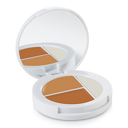 (Sheer Cover Studio – Conceal and Brighten Highlight Trio – Two-Toned Concealers – Shimmering Highlighter – Tan/Dark Shade – With FREE Concealer Brush – 3 Grams)